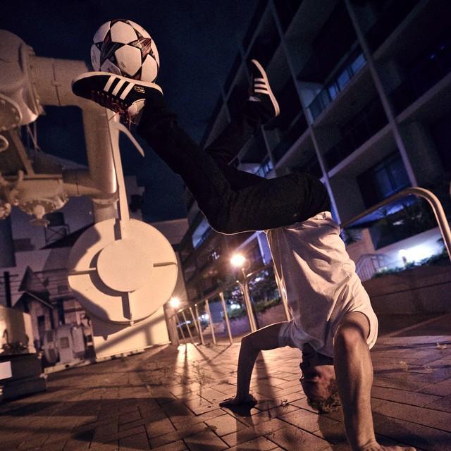 tomasstolc.sk_roman rowa wagner_freestyle football